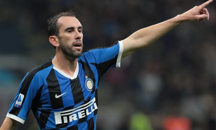 Inter, lo sceriffo Godin annienta il calcio maleducato e vigliacco. Conte, adesso hai il tuo leader