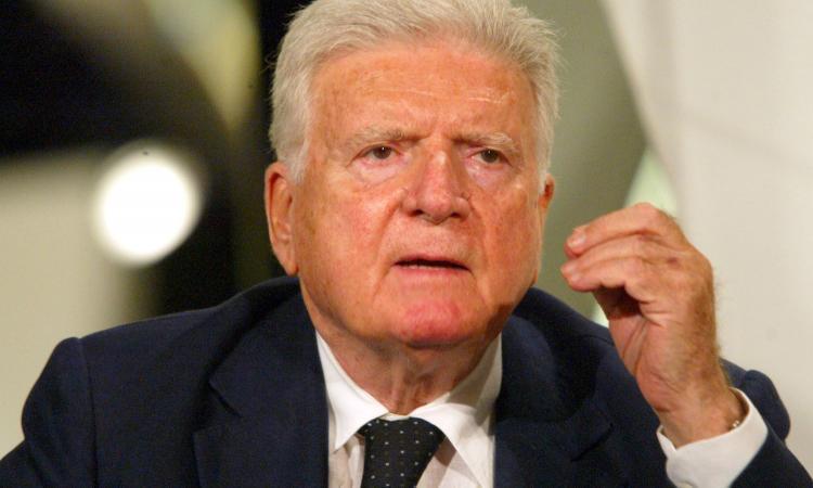 Addio Zavoli, maestro di giornalismo: dal calcio al Processo alla tappa, fino a La notte della Repubblica, ha narrato l'Italia e gli italiani