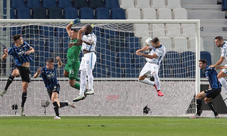 Inter seconda a -1 dalla Juve: D'Ambrosio e Young stendono l'Atalanta