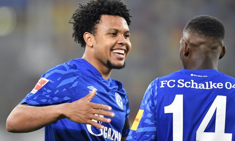 Juve, McKennie lascia il ritiro dello Schalke: presto le visite mediche