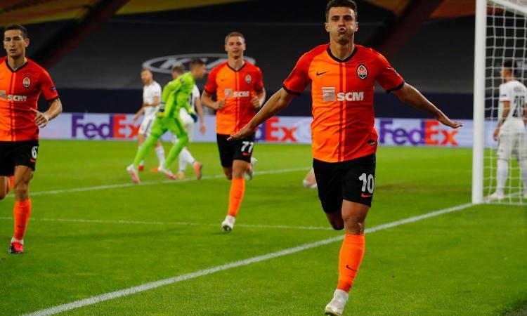 Europa League: sarà Inter-Shakhtar in semifinale, 4-1 al Basilea. Il Siviglia elimina gli Wolves, ora il Man United