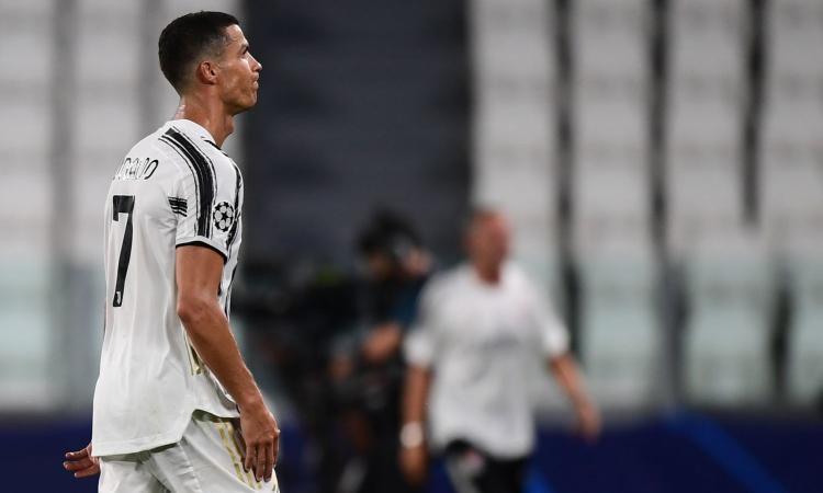 Juve fuori dalla Champions, l'agonia è finita: ma la società ha più colpe di Sarri