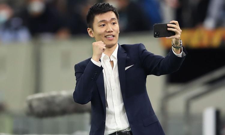 Inter, Zhang in arrivo anche per rinnovi e stipendi: i dettagli con tutte le cifre