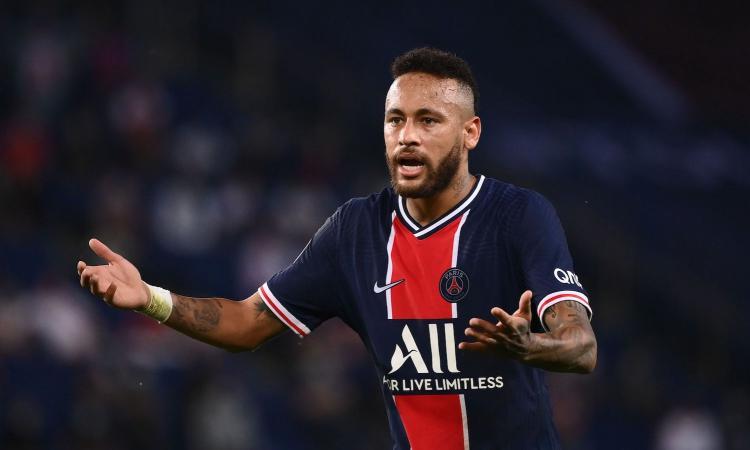 Follia PSG: 0 punti in due partite, vince 1-0 il Marsiglia. Cinque espulsi, Neymar tira un pugno a un avversario
