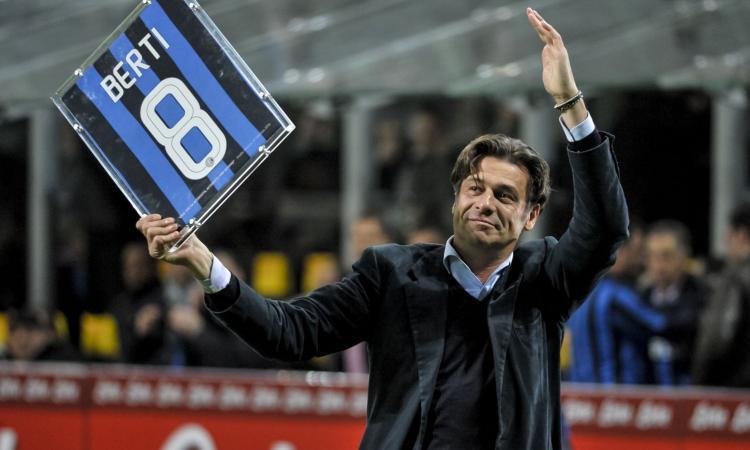 Inter, Berti: 'Come mai Ibra è uscito prima dal derby? Aveva le prove a Sanremo?'