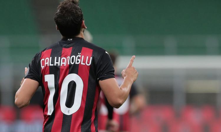 Il Milan coccola Calhanoglu, ora la prova della verità