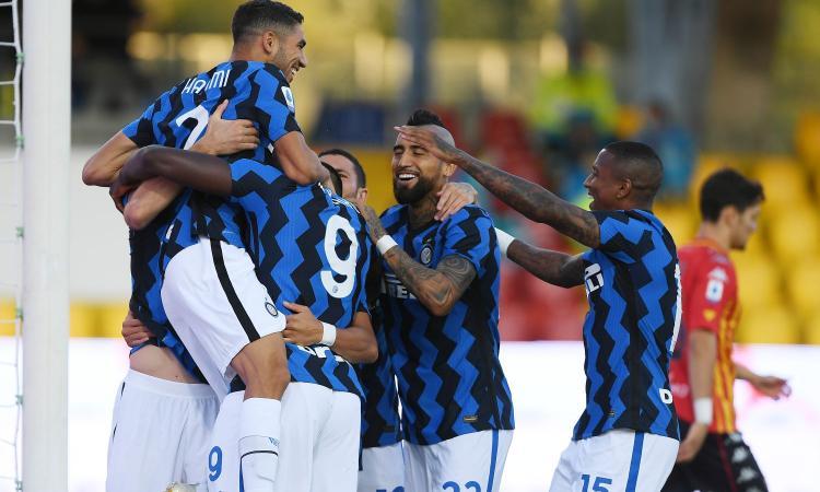 L'Inter è una macchina da gol: 5-2 a Benevento