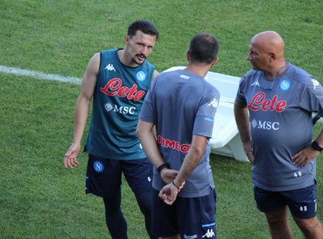 Napoli, allenamento mattutino: infortunio per Mario Rui, il ...
