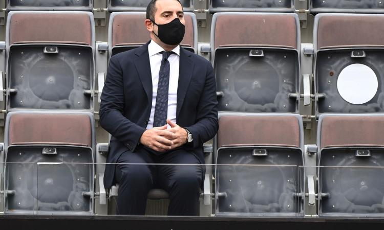 Spadafora: 'Esonero contributivo per chi lavora nel mondo dello sport'