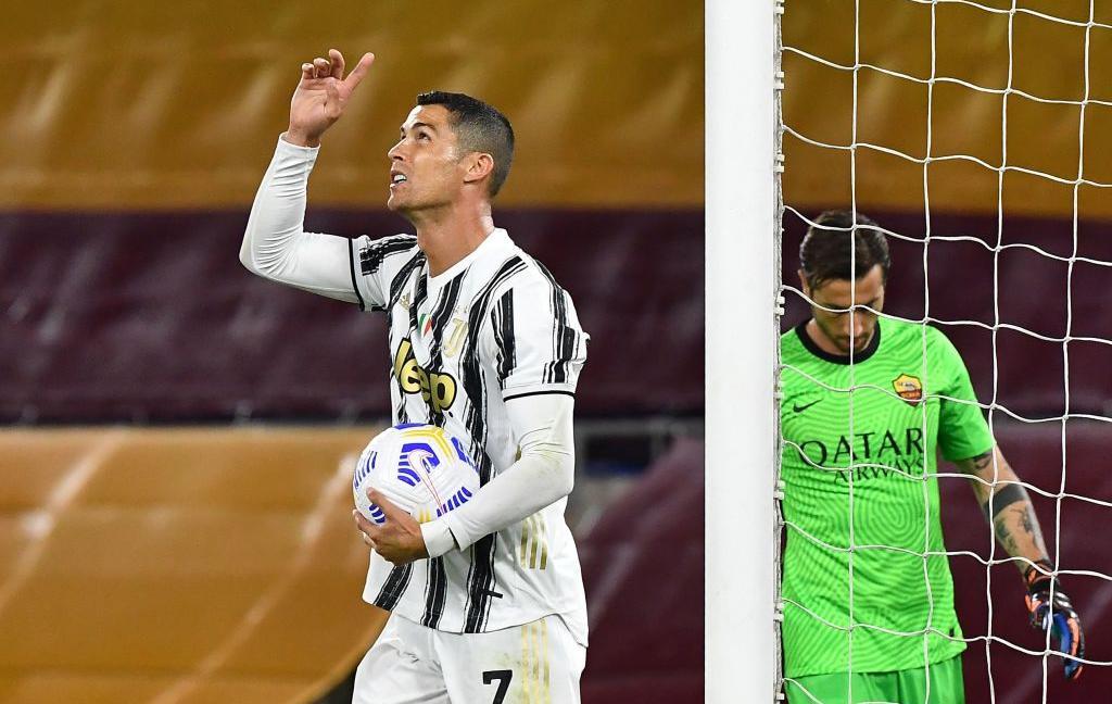 Ronaldo salva una Juve insufficiente