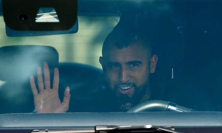 Inter, Vidal ha firmato: ora un altro gioco a incastri per Darmian