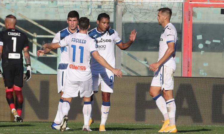 Doppio Muriel, l'Atalanta torna a vincere a Crotone e va a -1 dal Milan