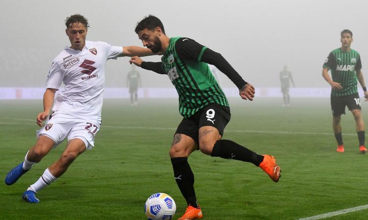 Pazzo Sassuolo: da 1-3 a 3-3 con il Torino. De Zerbi a -1 dal Milan, primo punto per Giampaolo