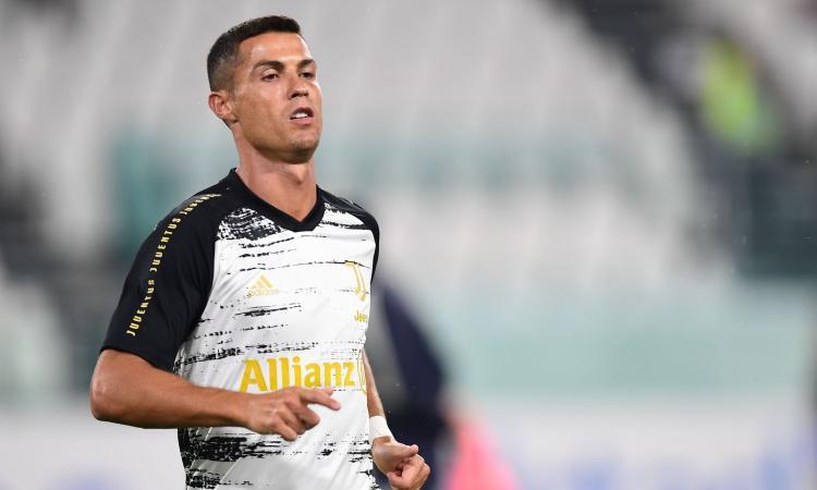 Spadafora a Ronaldo: 'Bello se facesse un video pro mascherine e Immuni, deve dare l'esempio'