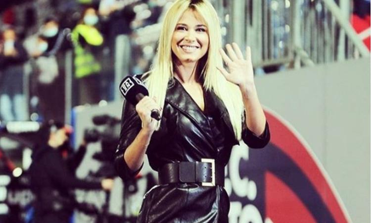 Crotone-Juve: Diletta Leotta col vestito in pelle è uno spettacolo! FOTO