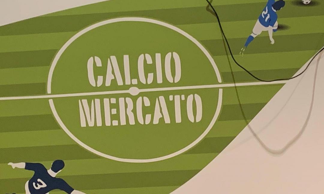 Il calciomercato non dorme mai: trattative, colpi di coda e colpi di scena