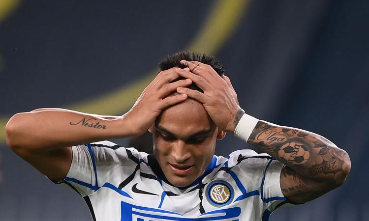 Inter, furia Lautaro al momento del cambio