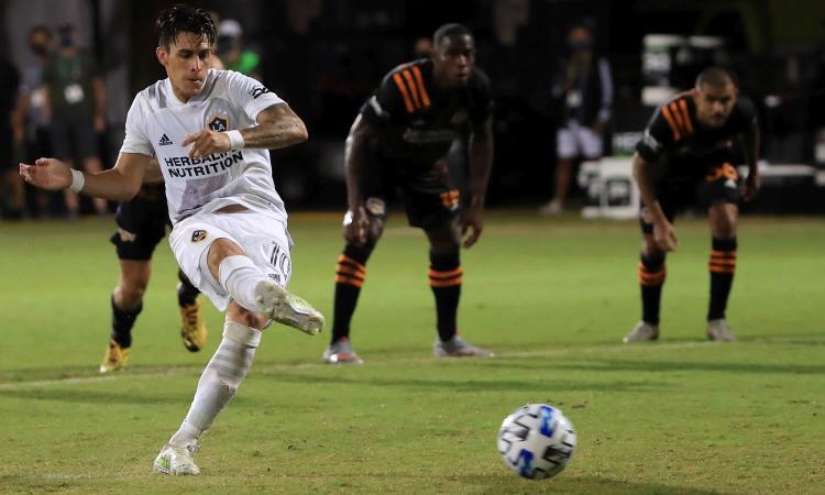 Pavon occasione da Serie A: i Galaxy non possono riscattarlo, lo voleva la Roma e il contratto col Boca...