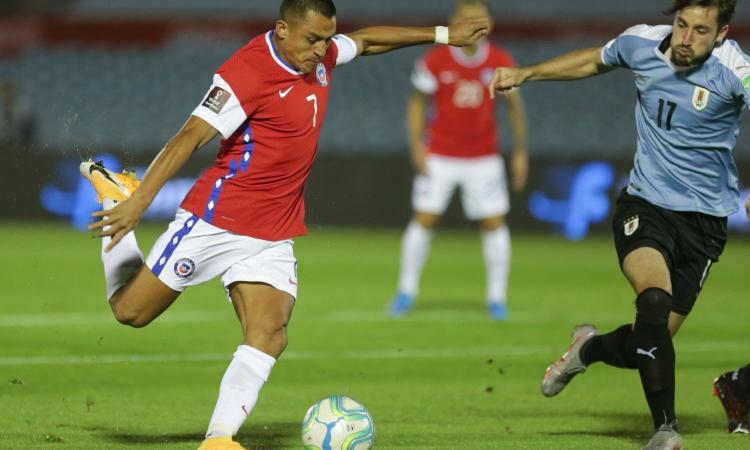 Vidal e Sanchez, il ct del Cile: 'Arturo è senza limiti, Alexis non si può valutare. Con l'Inter...'