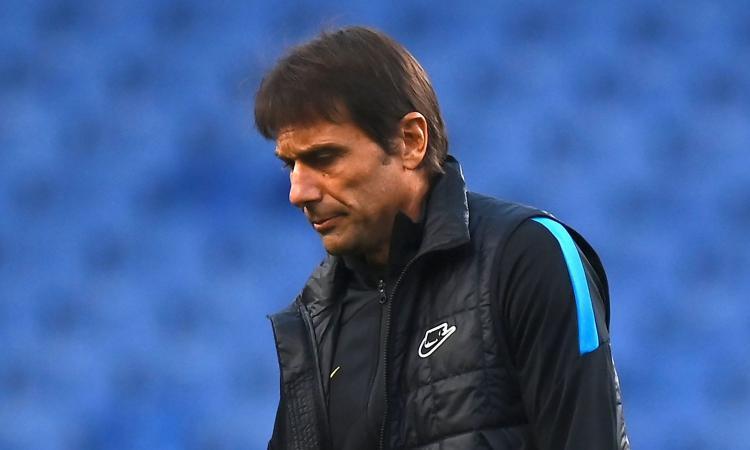 Flop Conte, solo de Boer ha fatto peggio nell'Inter. E in Champions ha vinto due volte in due anni