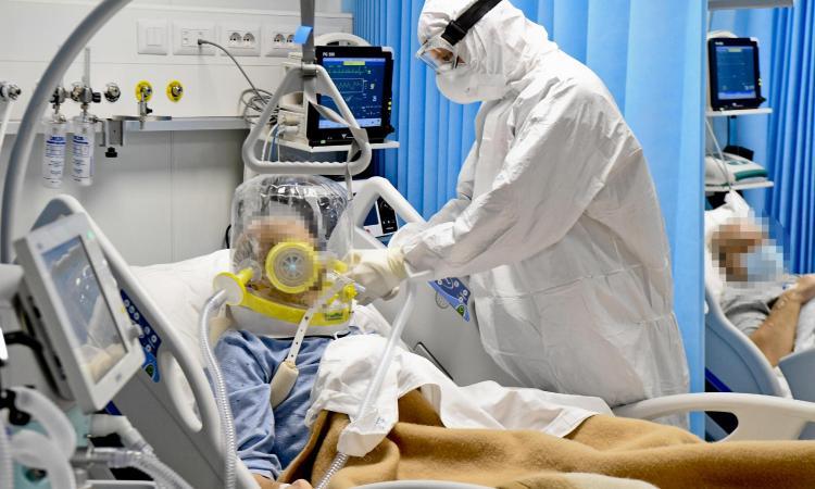 Coronavirus, il bollettino: 13.114 nuovi casi, 246 morti