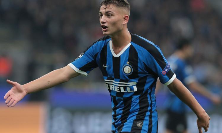 Dal debutto in Champions al primo gol in B: un anno di Esposito, l'Inter lo ha blindato e ora sorride