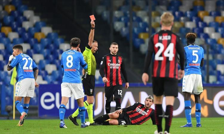Napoli-Milan, rivivi la MOVIOLA: annullato gol a Ibra. Espulso Bakayoko, proteste sul primo giallo