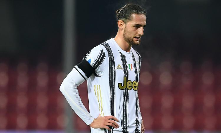 Juve, centrocampo da horror: i giovani illudono, serve un top player. E se Raiola chiama...