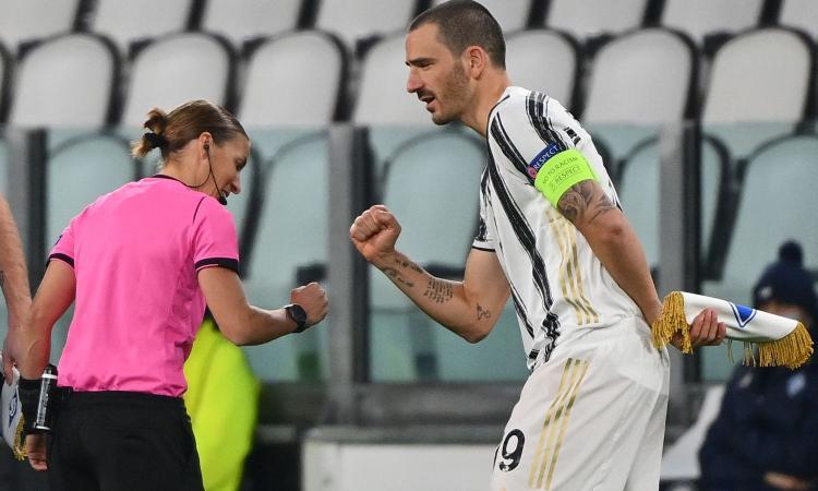 Dortmund-Lazio e Juve-Din. Kiev, rivivi la moviola: il Var convalida il 2-0 di Ronaldo, dubbi sul gol di Guerreiro