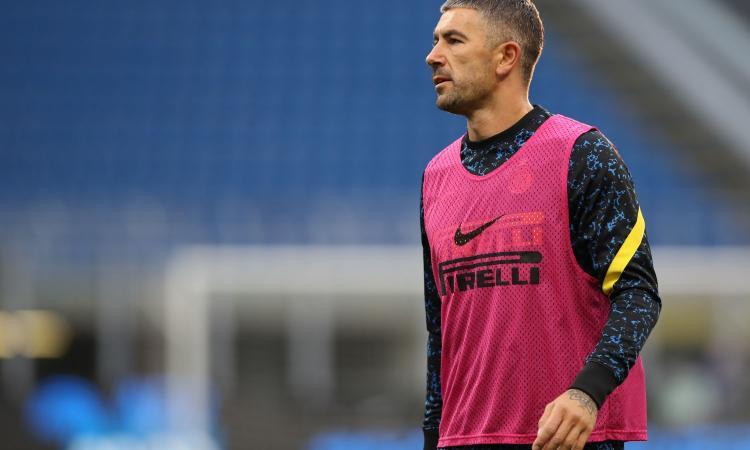 Inter, affaticamento per Kolarov: in dubbio per il Torino