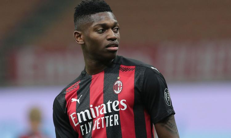 Milan, forte interesse del Borussia Dortmund su Leão
