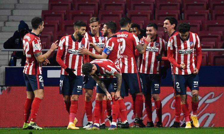 Liga, oggi due recuperi: l'Atletico Madrid batte il Siviglia, è primo a +4 con due partite in meno del Real. Granada ok