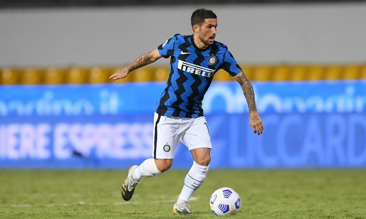 Sensi, l'Inter fissa il prezzo: per 15 milioni può partire. La Fiorentina prova a convincerlo