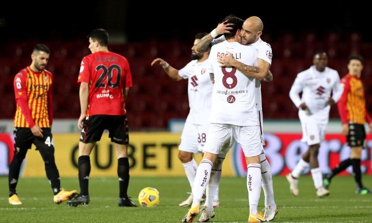Doppio vantaggio Benevento, Zaza pareggia al 93': Nicola sorride all'esordio, il Torino aggancia il Cagliari
