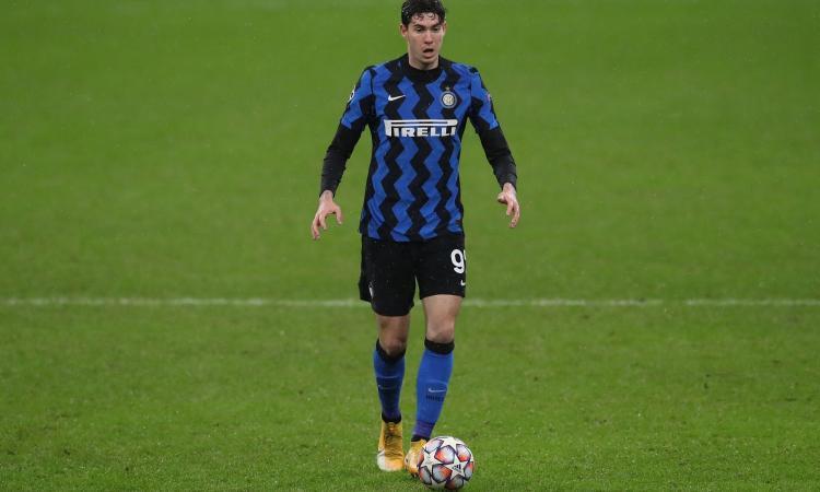 Inter, Bastoni all'intervallo: 'Mai semplice al rientro dalle Nazionali. Il gol di Lukaku...'
