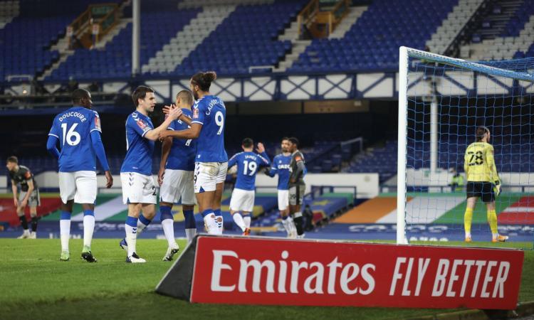 FA Cup: tris Chelsea con Abraham e Leicester con Under. Il Man United elimina il Liverpool, avanti l'Everton