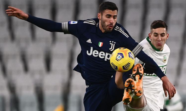 Juve, la decisione su Frabotta e l'idea Pellegrini: è sempre caccia al vice Alex Sandro