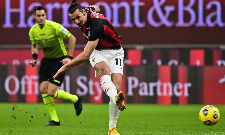 Milan-Atalanta, Zapata a Ibra: 'Volete il 13° rigore?'. La risposta di Zlatan: 'Ho più gol io che partite tu in carriera!'
