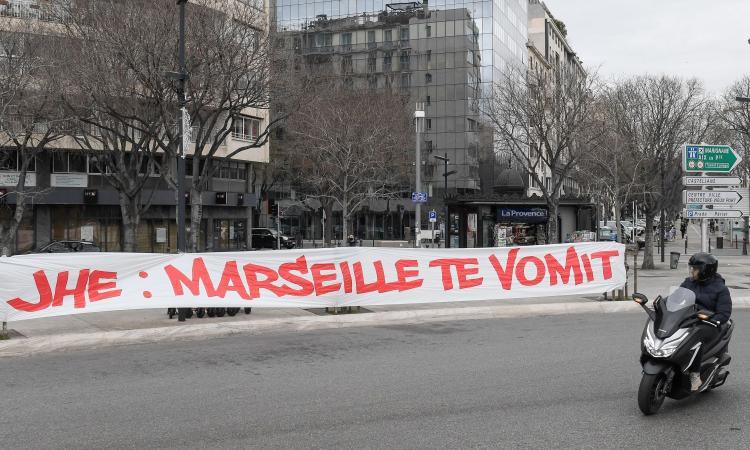 L'assalto al centro sportivo, il giallo convenzioni. Il sindaco di Marsiglia: 'L'OM riprenda il dialogo coi tifosi'