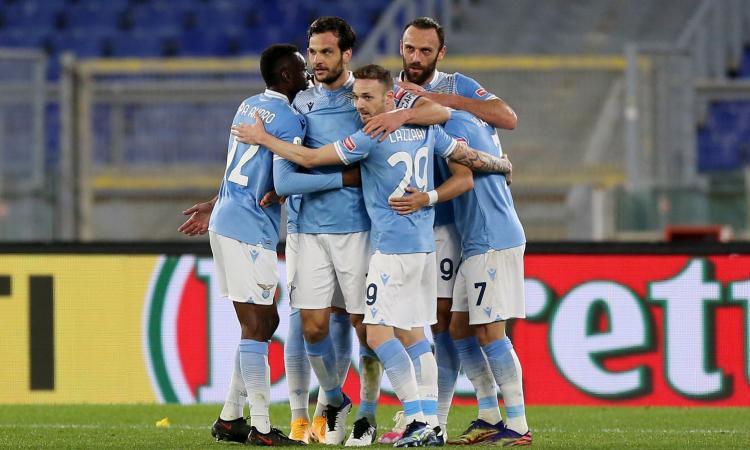 Coppa Italia, la Lazio soffre col Parma, ma vince 2-1 in extremis ed è ai quarti con l'Atalanta