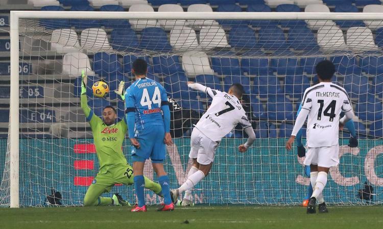 Ronaldo e Morata segnano, Insigne sbaglia un rigore: 2-0 al Napoli, la Juve vince la Supercoppa italiana