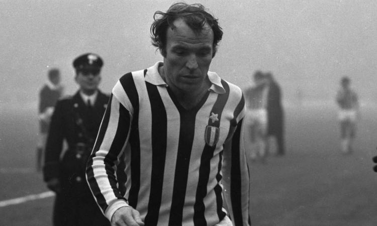 Napoli-Juventus 2-6 del 1974: 'Un inno al calcio e un insulto, vile quanto assurdo, allo sport'