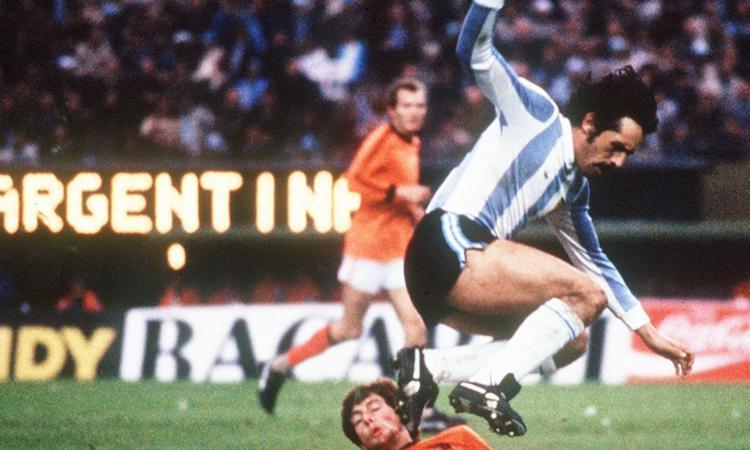 Argentina in lutto: morto di Covid Leopoldo Luque, vinse il Mondiale del 1978