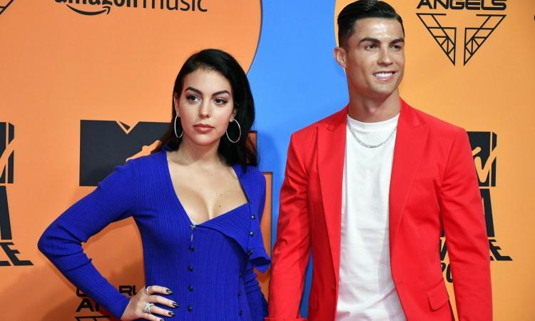 Futuro Ronaldo, Georgina non ha dubbi: 'Resta alla Juve' VIDEO