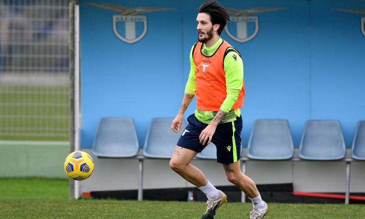 Lazio, prime prove anti Spezia: Luis Alberto out, Immobile a riposo. Buoni segnali da Luiz Felipe