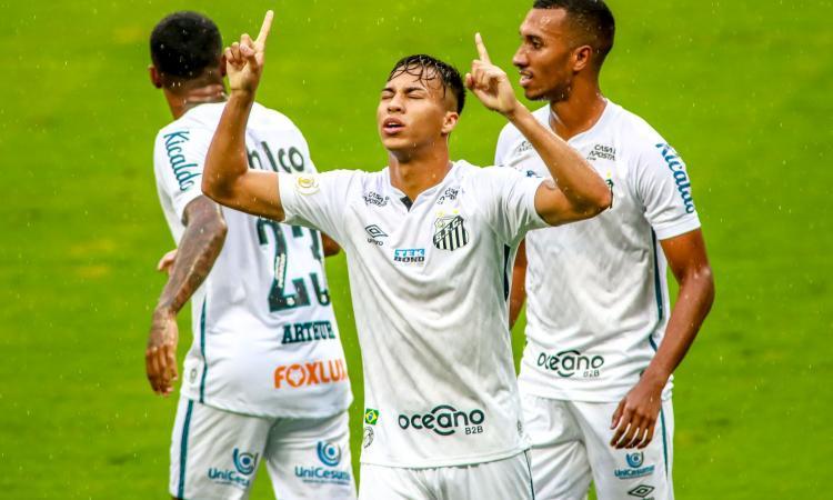 Santos, clausola a 100 milioni di euro per un 2004!
