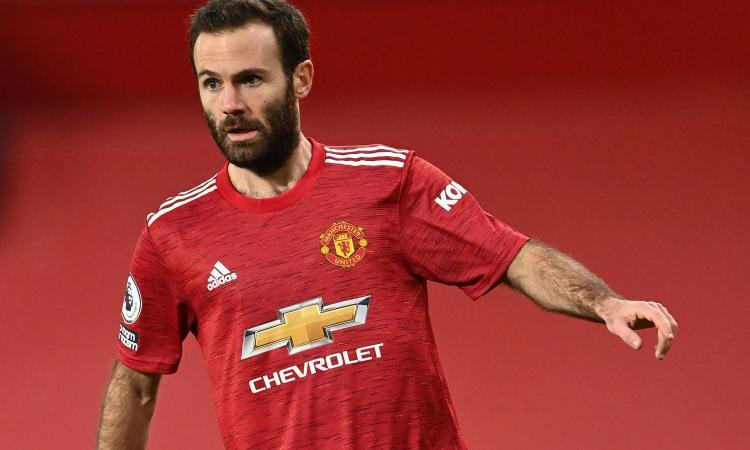 Manchester United, UFFICIALE: rinnovo per Mata