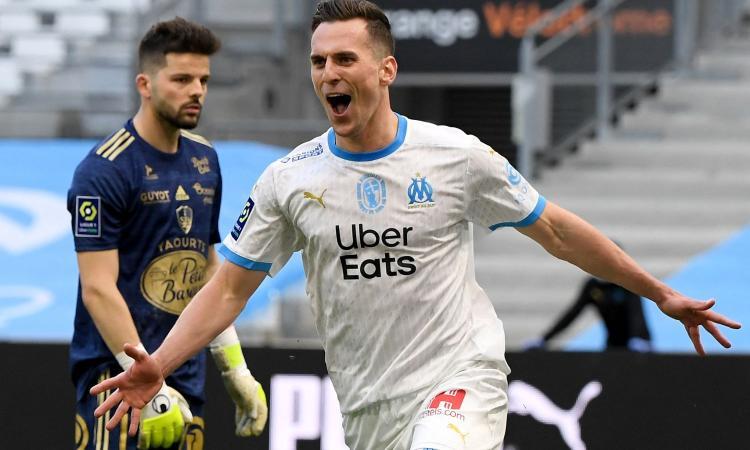 C'è la Juve, Milik apre: 'Sogno di giocare in un grande club, magari tra due mesi...'