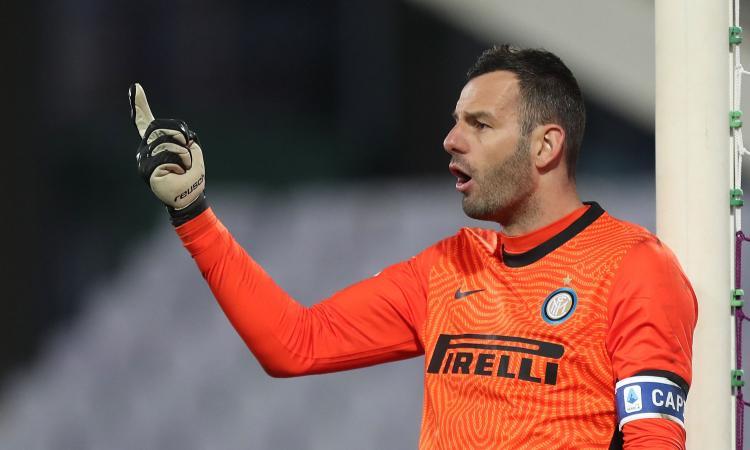 Inter, Handanovic titolare anche l'anno prossimo: le priorità sono altre