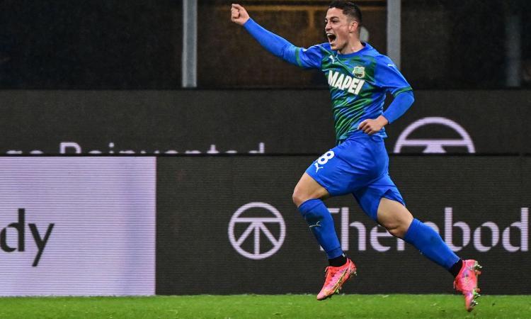 Sassuolo, la doppietta di Raspadori contro il Milan è da record: il dato